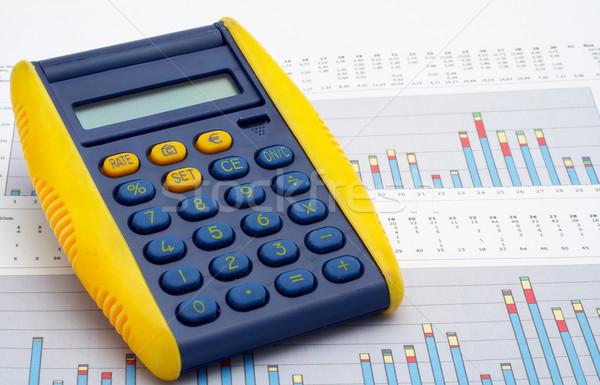 Calculadora ganancias tabla negocios ordenador dinero Foto stock © broker