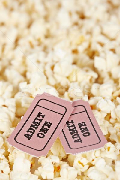 Stockfoto: Twee · tickets · popcorn · ondiep · film · achtergrond