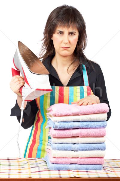 Woedend huisvrouw schort ijzer sluiten Stockfoto © broker