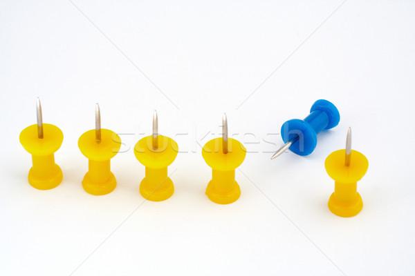 Foto stock: Amarelo · equipe · foco · líder · azul · isolado