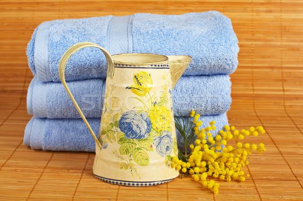 Banho produtos de beleza branco raso vidro Foto stock © broker