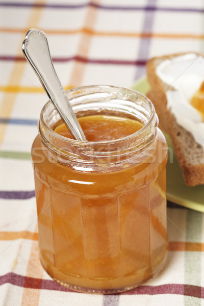 Café da manhã brinde manteiga pêssego congestionamento vidro Foto stock © broker