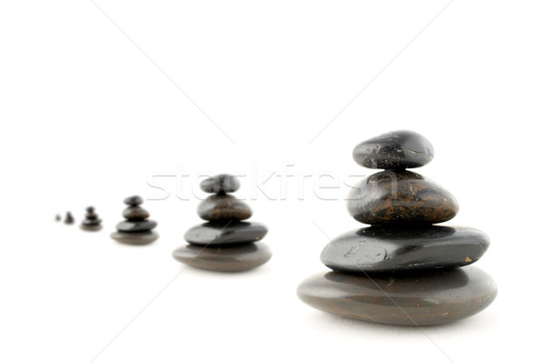 Kiegyensúlyozott kövek árnyék fehér sekély mélységélesség Stock fotó © broker