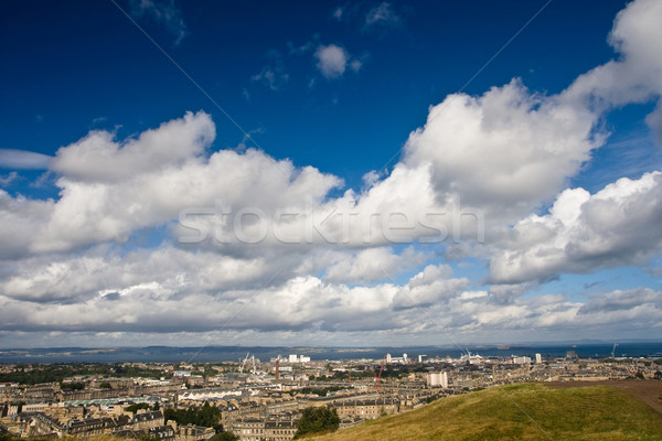 Edinburgh felhős égbolt kilátás óra tájkép Stock fotó © broker