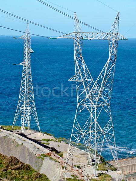 2 高電圧 海 光 海 ストックフォト © broker