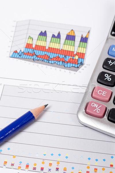 Guadagni mutui matita grafico poco profondo soldi Foto d'archivio © broker