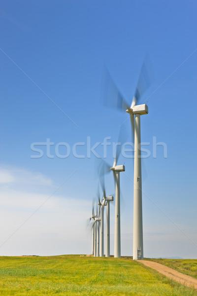 風 エネルギー 風力タービン ファーム 緑 フィールド ストックフォト © broker