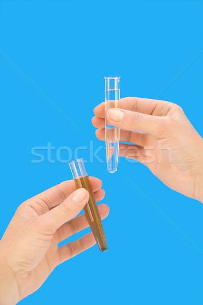 Propre sale eau mains femme Photo stock © brozova