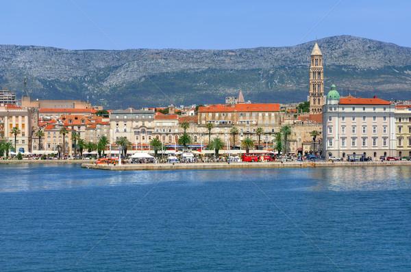 Kikötő promenád város Horvátország ház tavasz Stock fotó © brozova