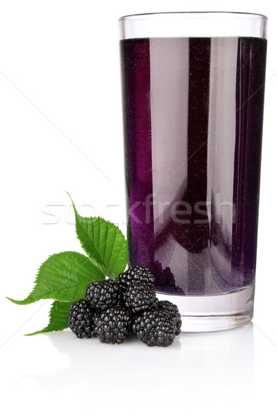 BlackBerry feuille verte jus verre isolé Photo stock © brulove