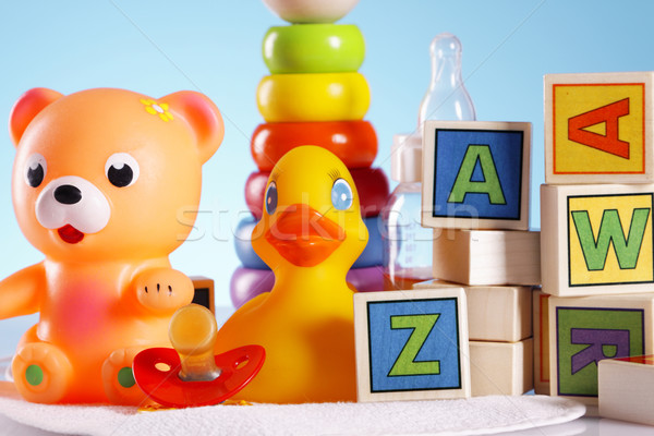 Stockfoto: Baby · speelgoed · tabel · achtergrond · leuk · jongen