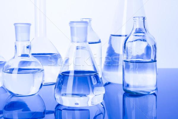 Laboratórium üvegáru orvosi labor vegyi folyadék Stock fotó © BrunoWeltmann