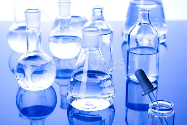Laboratório artigos de vidro médico lab químico líquido Foto stock © BrunoWeltmann