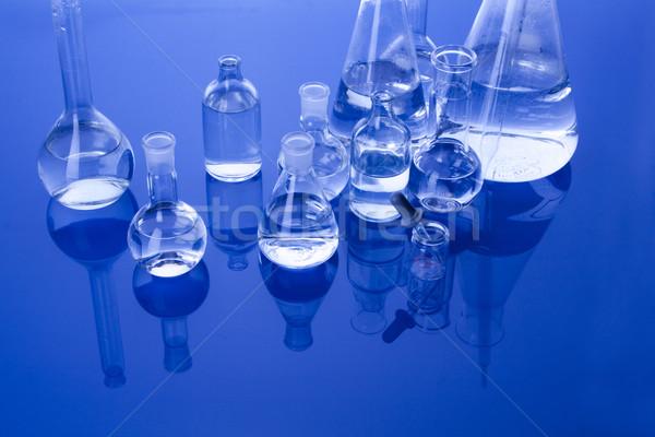 Laboratorio cristalería médicos laboratorio químicos líquido Foto stock © BrunoWeltmann