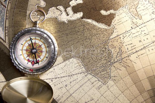 Foto stock: Velho · mapas · bússola · papel · mundo · fundo