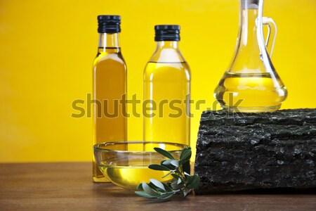 Olive oil and olives Stock photo © BrunoWeltmann