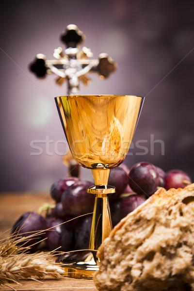 Nesneler İncil ekmek şarap stüdyo Stok fotoğraf © BrunoWeltmann