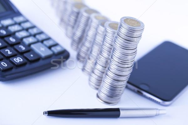 Gelir para hesap makinesi beyaz iş Stok fotoğraf © BrunoWeltmann