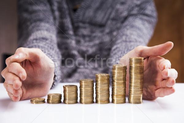 Homens dinheiro estúdio negócio homem segurança Foto stock © BrunoWeltmann