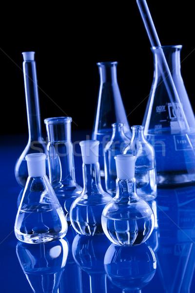 Laboratório artigos de vidro médico química químico líquido Foto stock © BrunoWeltmann