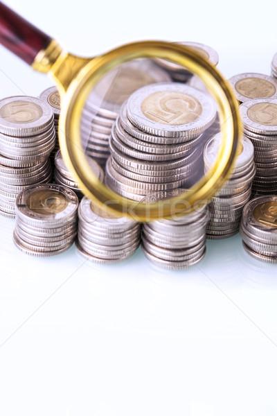 Pénz nagyító zoom otthoni pénzügyek stúdiófelvétel üveg Stock fotó © BrunoWeltmann