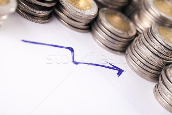 Goede investering financiële geld pijl witte Stockfoto © BrunoWeltmann