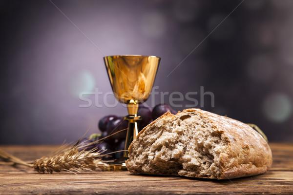Сток-фото: объекты · Библии · хлеб · вино · книга