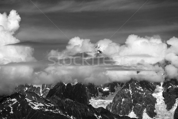 Magas hegyek fedett felhők Kaukázus Grúzia Stock fotó © BSANI