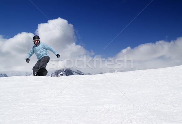 Stok fotoğraf: Snowboard · yüksek · dağlar · gökyüzü · doğa · kar