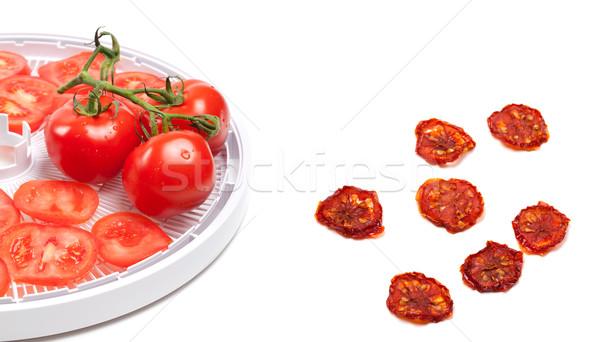 Surowy pomidorów przygotowany suszy plastry odizolowany Zdjęcia stock © BSANI