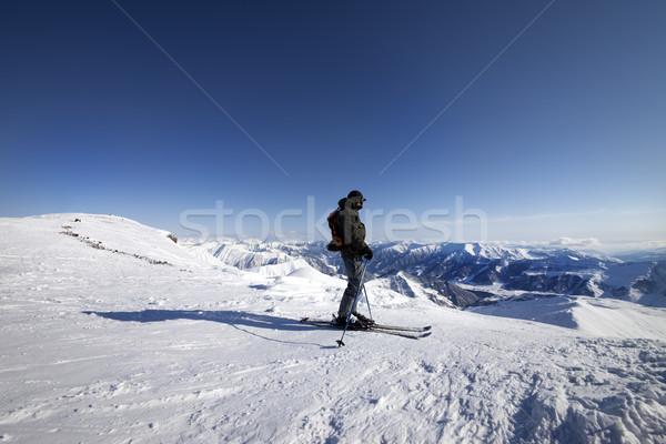 Skiër top kaukasus bergen Georgië Stockfoto © BSANI