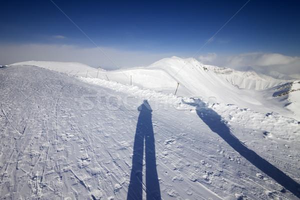 árnyékok síelő snowbordos hó Grúzia sí Stock fotó © BSANI