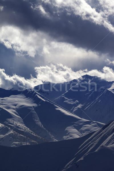 Wieczór góry mgły widoku stok narciarski kaukaz Zdjęcia stock © BSANI