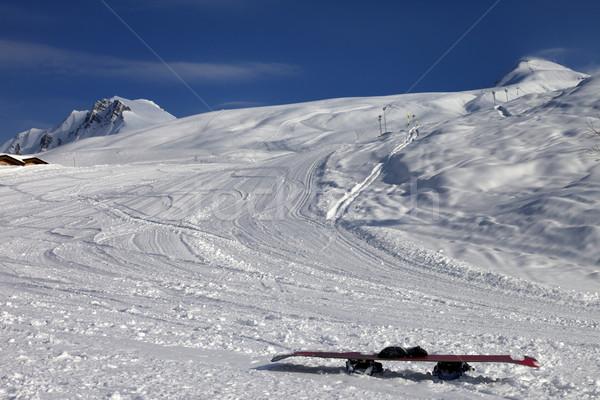 Snowboard neve sol ventoso noite Foto stock © BSANI