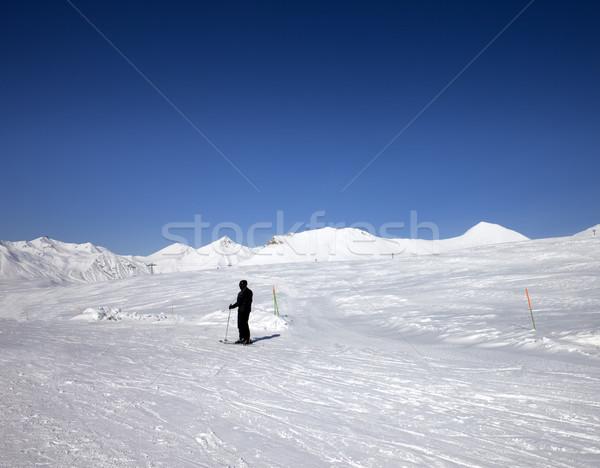 Skieur soleil jour caucase montagnes Photo stock © BSANI