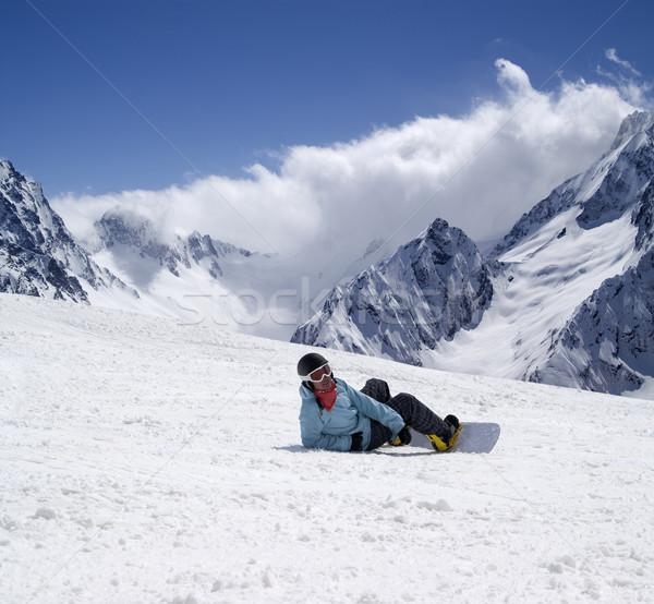 Snowbordos sípálya sí üdülőhely Kaukázus hegyek Stock fotó © BSANI