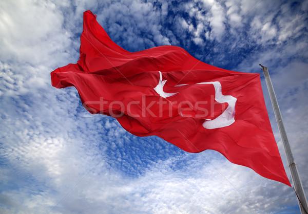 Vlag Turkije vlaggestok blauwe hemel wolken Stockfoto © BSANI