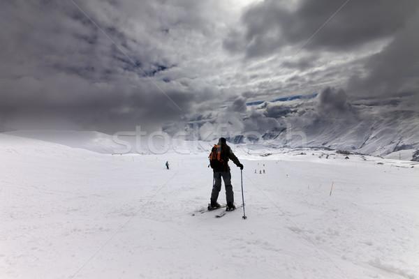 Stok narciarski burzy kaukaz góry Gruzja narciarskie Zdjęcia stock © BSANI