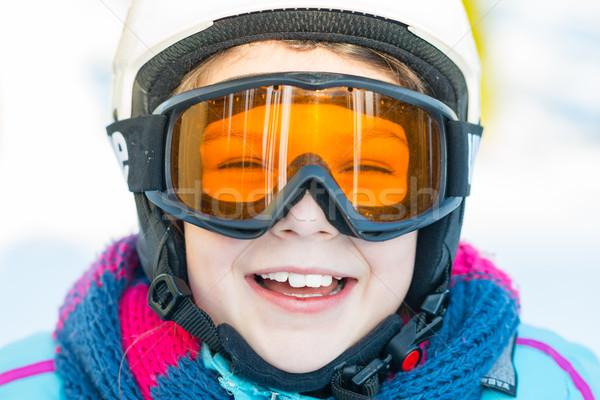 Foto stock: Esquiar · esquiador · menina · inverno · férias · neve