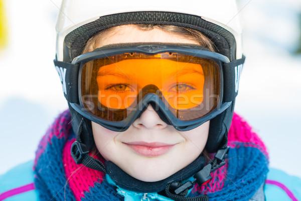 Kayak kayakçı kız kış tatil kar Stok fotoğraf © bubutu