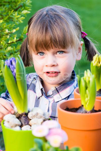 девушки цветы ребенка садовник садоводства Сток-фото © bubutu
