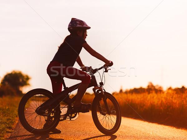 Сток-фото: силуэта · велосипед · закат · горные · девушки