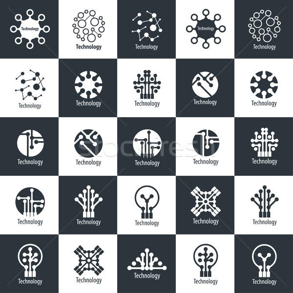 Vetor logotipo tecnologia design de logotipo modelo ícone Foto stock © butenkow