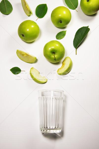 Almák friss almalé folyik alma darab Stock fotó © butenkow