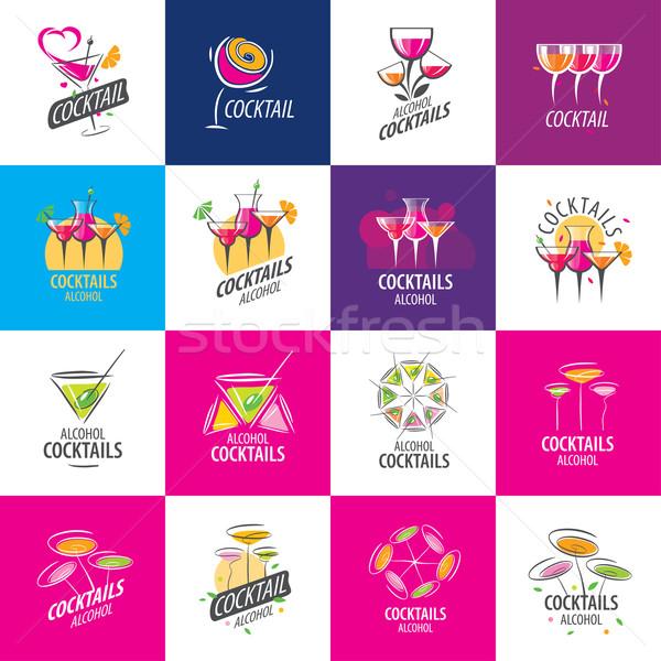 Koktajle logo wektora ikona napojów wina Zdjęcia stock © butenkow