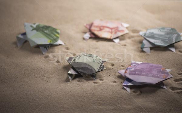 Origami tartarughe sabbia spiaggia soldi Foto d'archivio © butenkow