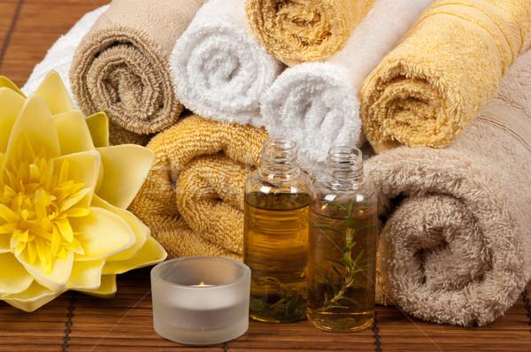 Foto d'archivio: Spa · aromaterapia · trattamento · termale · fiore · candela · olio