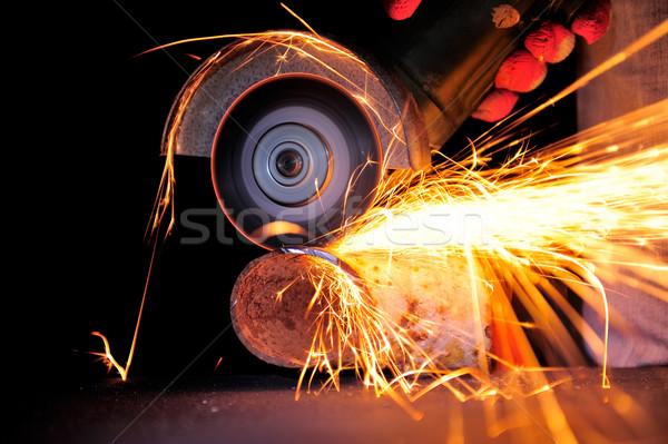 ワーカー 金属 グラインダー 火の粉 作業 ストックフォト © byrdyak