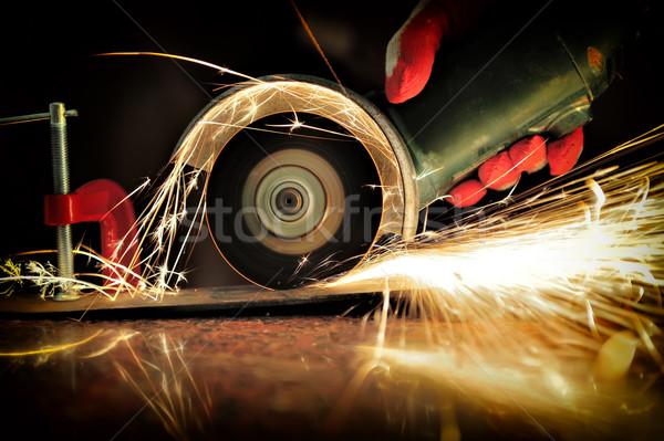 Işçi Metal öğütücü sparks el Stok fotoğraf © byrdyak