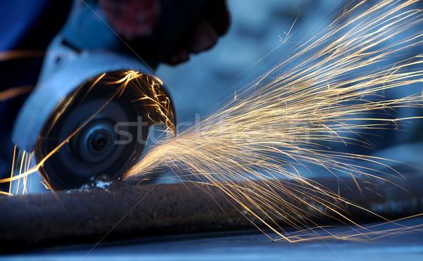 ワーカー 金属 グラインダー 火の粉 手 ストックフォト © byrdyak